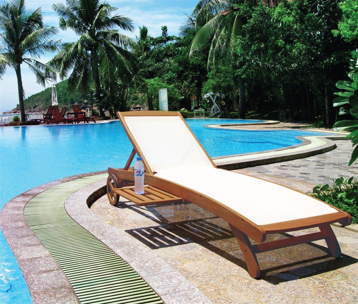 Lettino legno balau textilene lamacchia mobili da giardino for Lettini da giardino economici